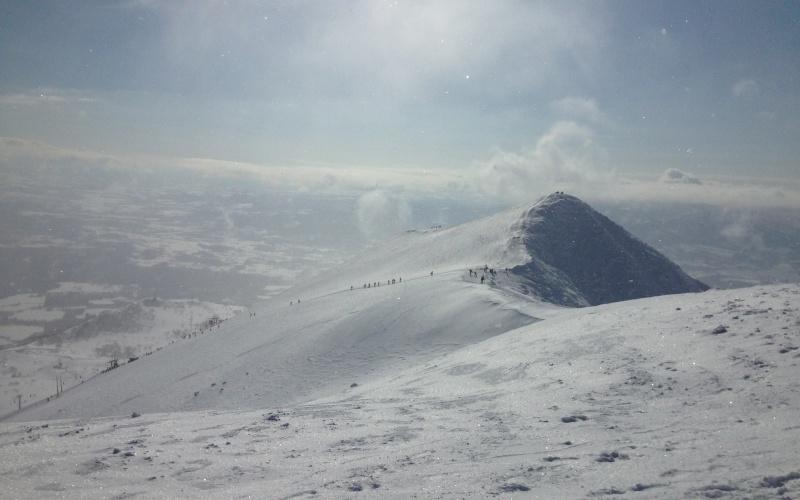 ニセコ山頂の景色