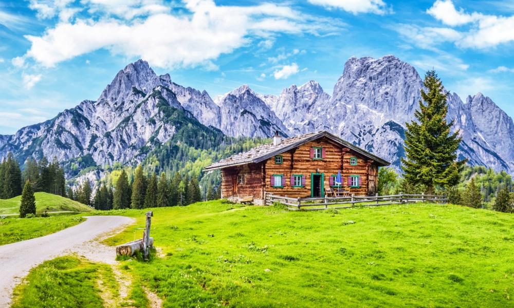山の中のペンション