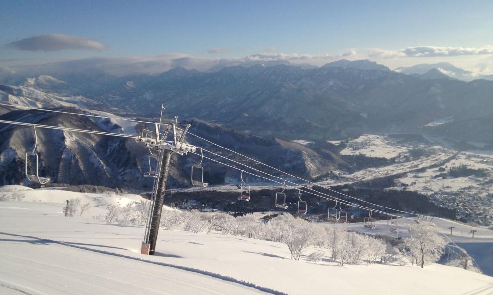 朝一のスキー場